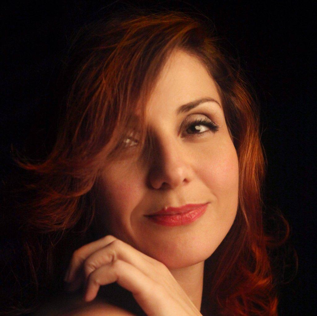 Mira Tuci: Familja, rrënja ime