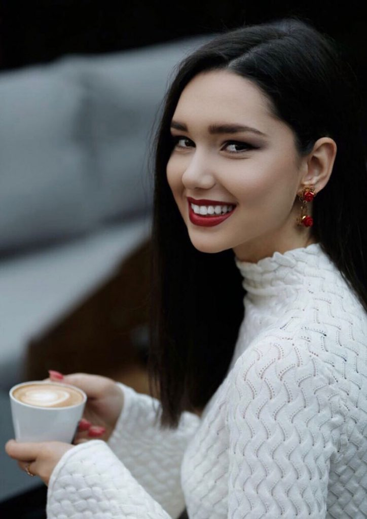 Stil dhe Personalitet – Nevina Shtylla