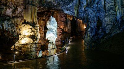 Shpella Postojna – Guidë në nëntokë