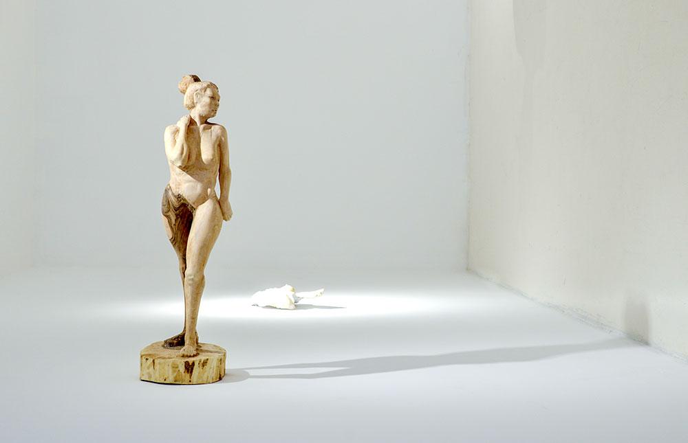 Imagjinata dhe arti shoqërojnë skulptoren Juli Miftari në çdo kohë.
