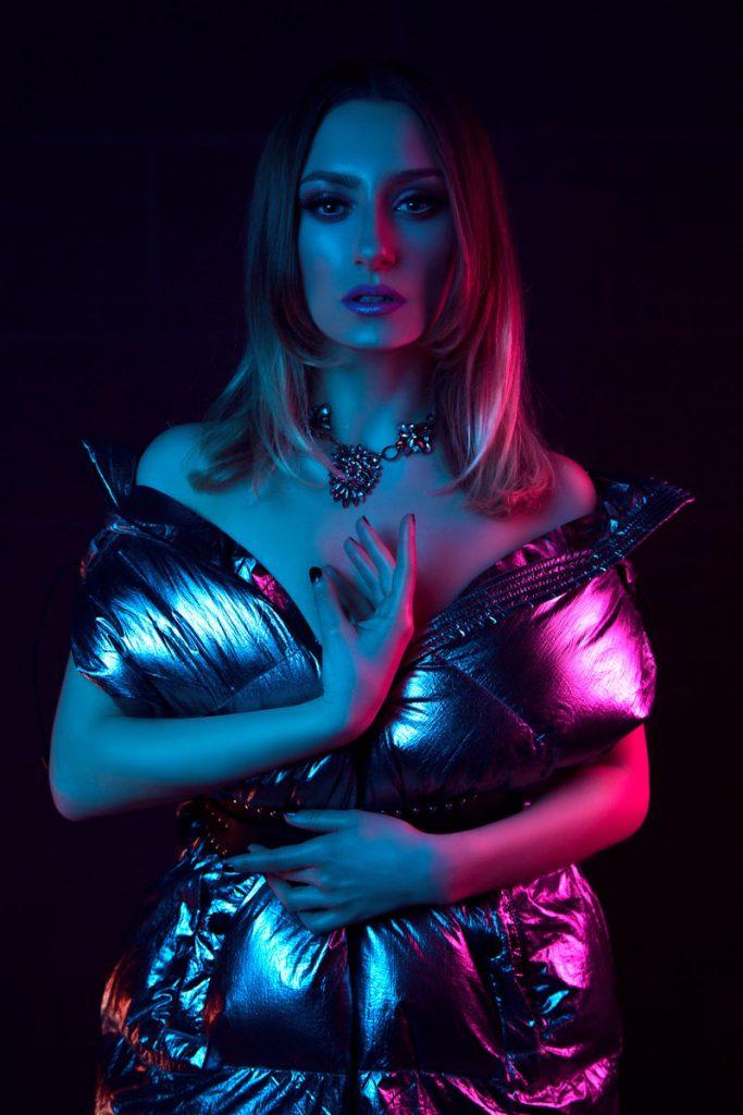 Venera Lumani në 10 pyetje nga Elegance