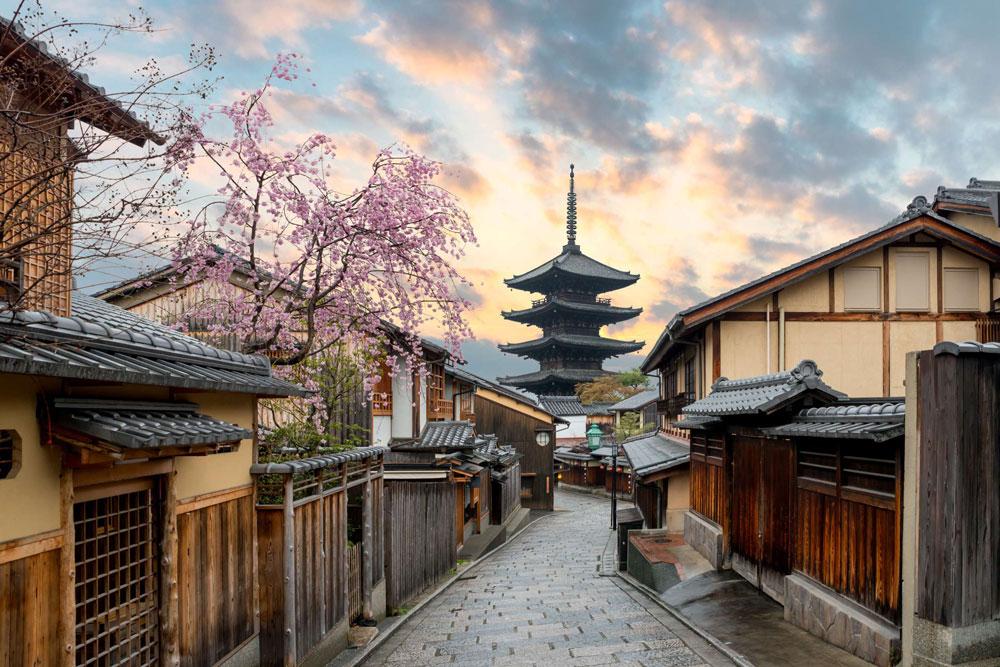24 orë në Kyoto! Qyteti i Tempujve