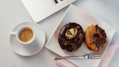 Shija fantastike e donuts amerikanë vjen në Tiranë