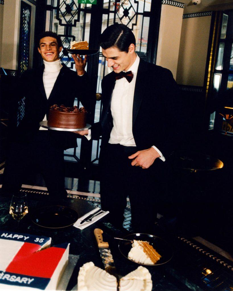 Tommy Hilfiger feston ditëlindjen!
